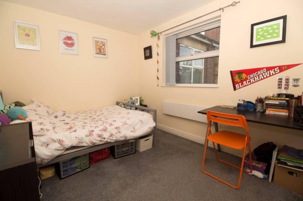 3CB bedroom (2)