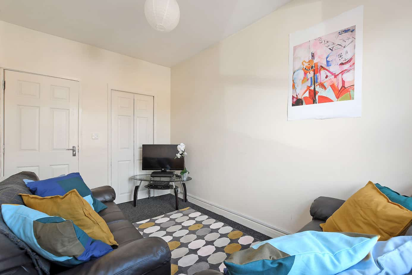 90 Charlotte Road – 3 Bed Student Home